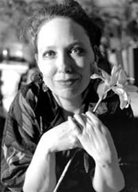 Elizabeth Ayres